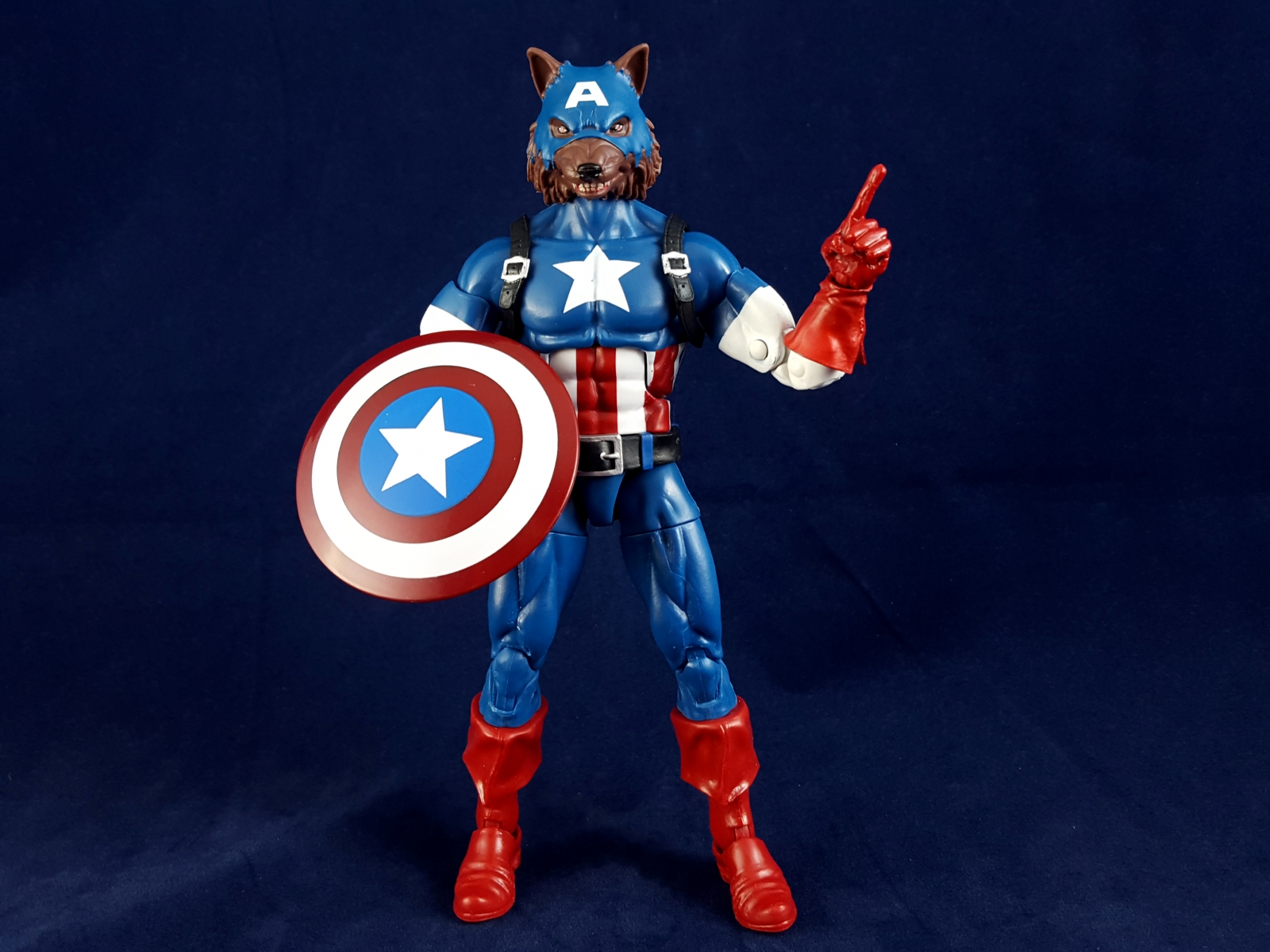 Cap Wolf