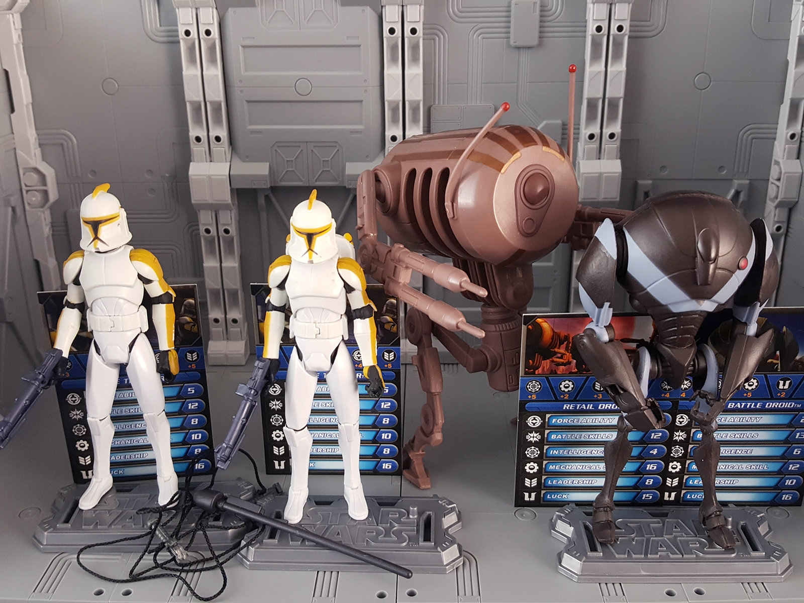 Clone Troopers and Droids